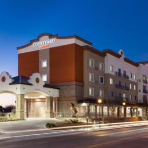 Fort Worth Stockyards Hotels - Courtyard by Marriott Fort Worth Historic Stockyards