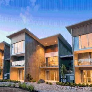 Hotels near Sandalford Wines Swan Valley - The Colony at Mandoon Estate