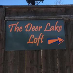 Tranquil Waters Inn - The Deer Lake Loft