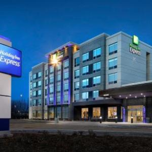 Holiday Inn Express - Red Deer North