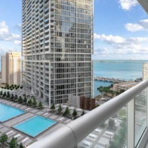 Book Now Executive Suites at W Residences (Miami, United States). Rooms Available for all budgets. Offering a sun terrace and spa centre Executive Suites at W Residences is located in Miami in the Florida Region 1 km from Bayfront Park. The accommodation features a sauna. B
