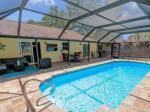 Bradenton Beach Florida Hotels - Pool Home - 4212 1st Ave W