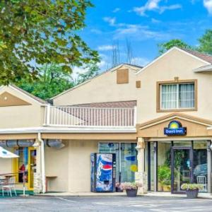 Days Inn by Wyndham Ridgefield