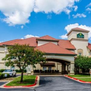 Hotels near Bentonville High School - La Quinta by Wyndham Bentonville