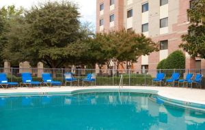 Courtyard By Marriott Dallas Addison/quorum Drive