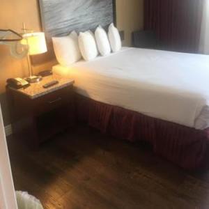 Hotels near The Fifth Anaheim - Kings Inn Anaheim at The Park & Convention Center