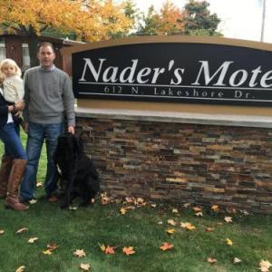 Nader's Motel & Suites