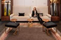 Executive Hotel Cosmopolitan Image