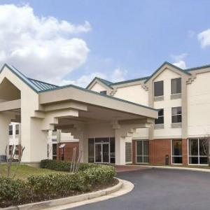 Freedom Ridge Park Hotels - Days Inn & Suites Ridgeland