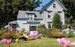 Boothbay Harbor Maine Hotels - Black Lantern B&B