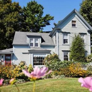 Black Lantern B&B - Adult Only