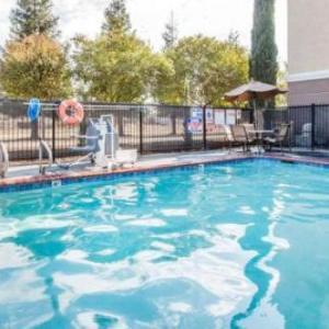 Hotels near Table Mountain Casino - Comfort Suites Clovis
