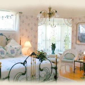Concordia University Portland Hotels - Lion And The Rose Victorian Guest House