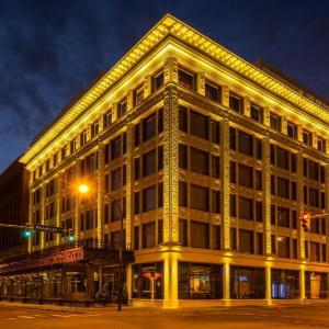 Curtiss Hotel Ascend Hotel Collection