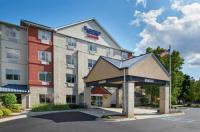 Fairfield Inn And Suites Detroit Livonia Image