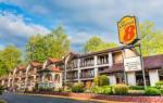 Gatlinburg Tennessee Hotels - Super 8 By Wyndham Downtown Gatlinburg At Convention Center