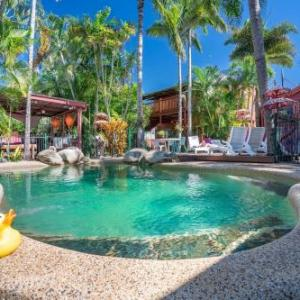 Cairns Showground Hotels - Travellers Oasis