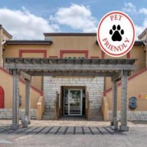 Butler Stadium Houston Hotels - Carefree Inn At Medical Center
