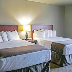 Seaport Inn & Suites