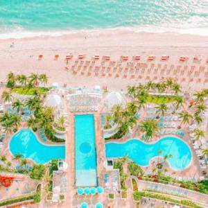 Hallandale Beach Hotels - The Diplomat Beach Resort Hollywood Curio Collection by Hilton