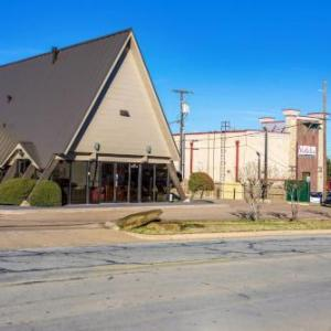 Motel 6-Arlington TX - UTA