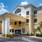 Comfort Inn & Suites DeLand -Near University