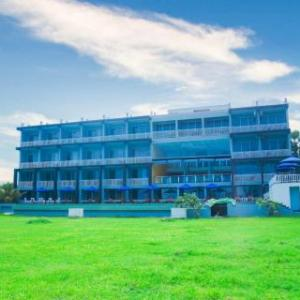 Trincomalee Hotels With A Honeymoon Suite Deals At The 1 Hotel