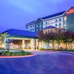 Hotels Near Silverstein Eye Centers Arena Independence Mo