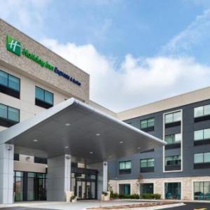 Holiday Inn Express & Suites - Romeoville - Joliet North an IHG Hotel