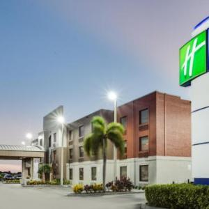 Hendry County Motorsports Park Hotels - Holiday Inn Express Hotel & Suites Clewiston