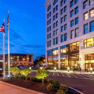 Hotels near Covelli Centre - DoubleTree By Hilton Youngstown Downtown