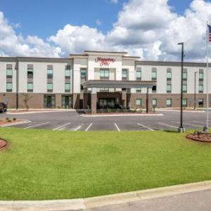 Carolina Motorsports Park Hotels - Hampton Inn Camden SC