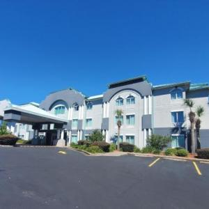Pensacola Fairgrounds Hotels - Best Western Plus Blue Angel Inn