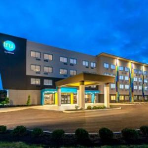 Hotels near The Rose Music Center at The Heights - Tru By Hilton Huber Heights Dayton