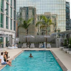 Carte Hotel San Diego Downtown Curio Collection By Hilton