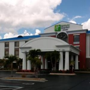 Okeechobee County Fair Hotels - Holiday Inn Express Lake Okeechobee