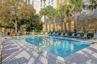 La Quinta Inn And Suites San Antonio Airport Image