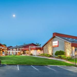 Hotels near Toyota Center Tri-Cities - Red Lion Hotel Columbia Center