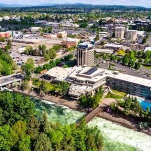 Hotels near McCarthey Athletic Center - Hotel Rl Spokane At The Park By Red Lion