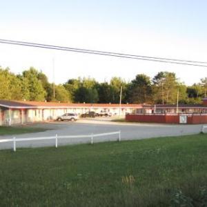 Skyways Motel