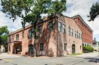 Staybridge Suites Savannah Historic District Image