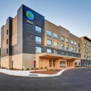 Hotels near North Carolina National Guard Armory - Tru By Hilton Raleigh Durham Airport