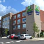 Holiday Inn Express & Suites Goodlettsville N -Nashville