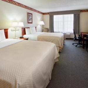 Country Inn Suites By Radisson Hotel Newark