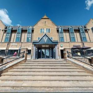 Hotels near Harewood House - Village Hotel Leeds North