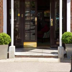 Blenheim Palace Hotels - The Feathers