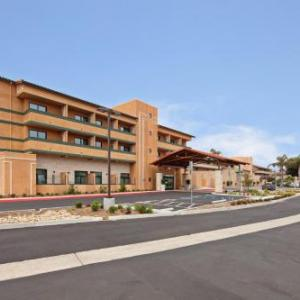 Holiday Inn Express Hotel & Suites Ventura Harbor