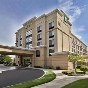 Hotels near Yost Ice Arena - Holiday Inn Hotel & Suites ANN ARBOR UNIV. MICHIGAN AREA