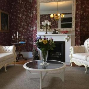 Balmoral House Bed & Breakfast