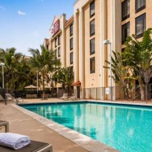 Robert Russell Theater Hotels - Best Western Plus Kendall Hotel & Suites